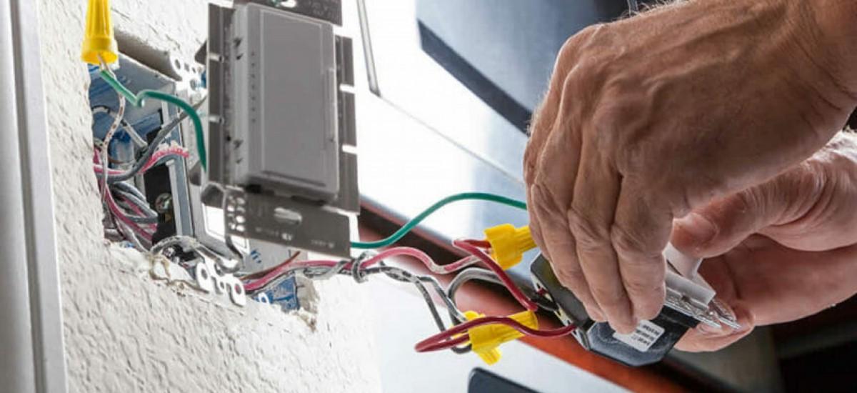 i-am-electrician-johar-town-wapda-town-iqbal-town-small-0