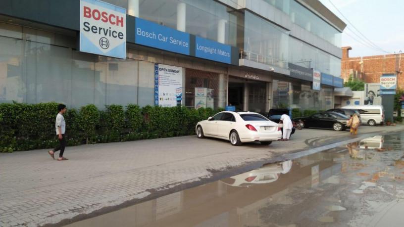 lahore-bosch-car-service-car-wash-service-big-0